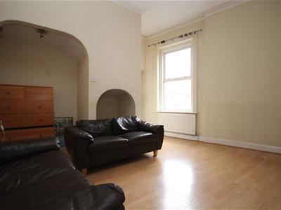 Property image of home to let in Uxbridge Road, Shepherds Bush